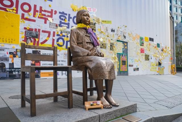 韓国が慰安婦像の設置