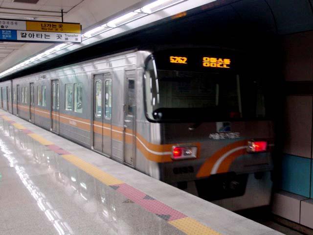 ソウル地下鉄は日本の援助で完成